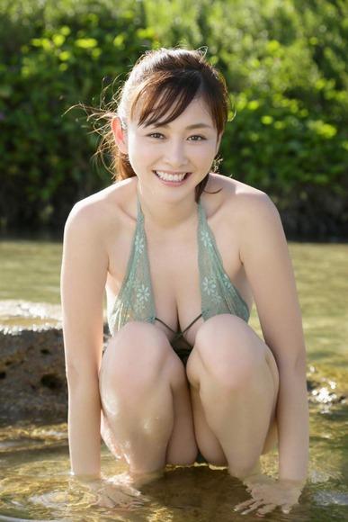 杉原杏璃 18