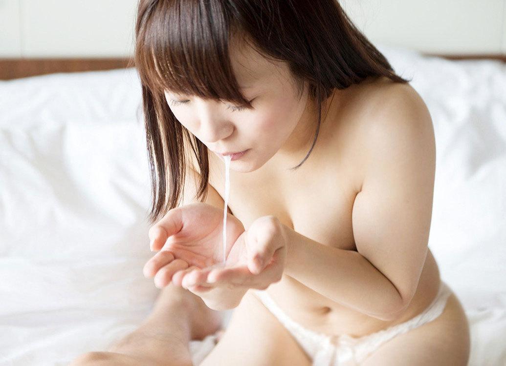 口内射精エロ画像 14
