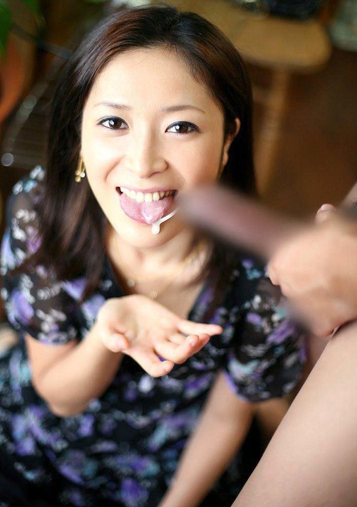 口内射精エロ画像 26