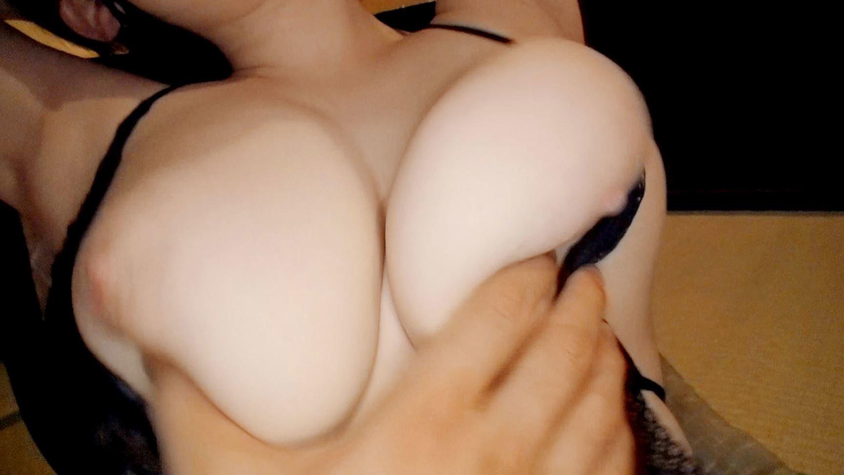 巨乳おっぱい 16