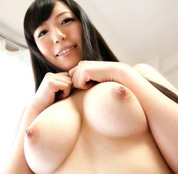 おっぱい 美乳37700.jpg