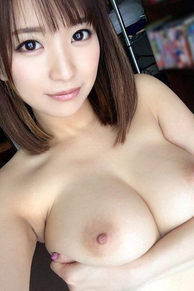 おっぱい 美乳37718.jpg