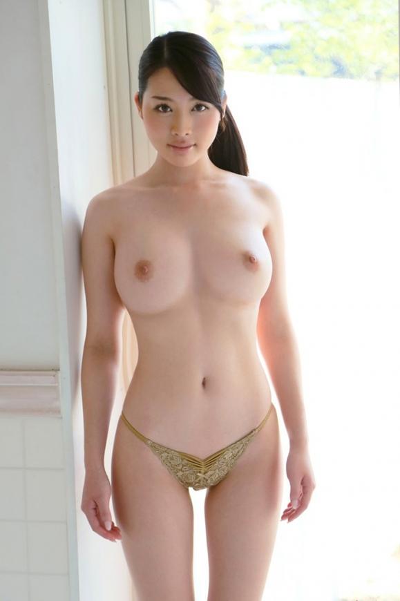 おっぱい 美乳38009.jpg