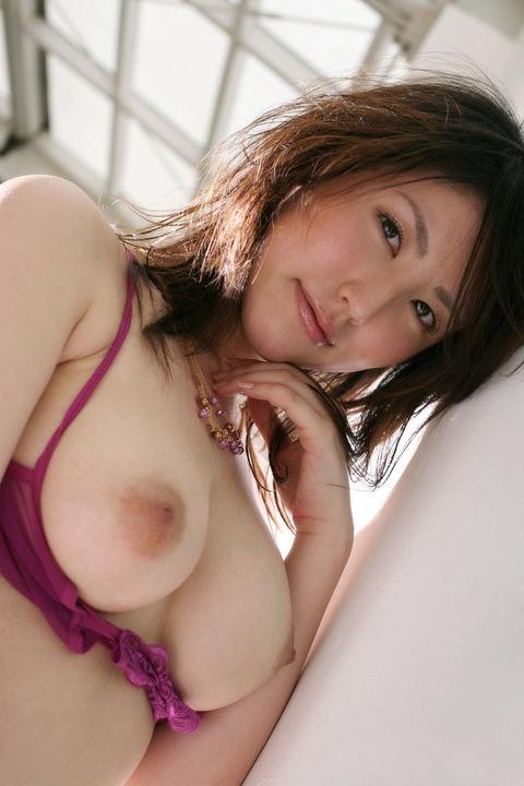 おっぱい 美乳38425.jpg