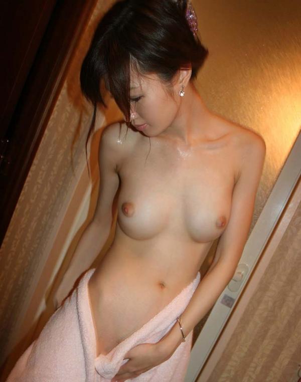 おっぱい 美乳39062.jpg