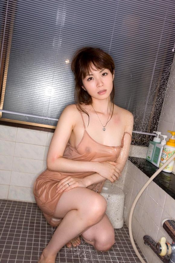 おっぱい 美乳41006.jpg