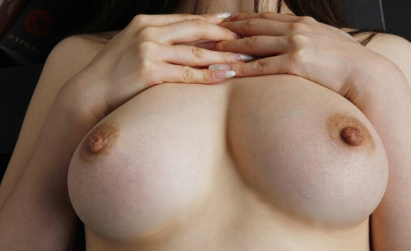 おっぱい 美乳41096.jpg