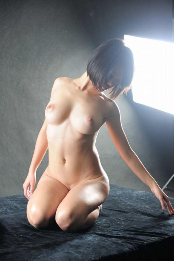 おっぱい 美乳45016.jpg