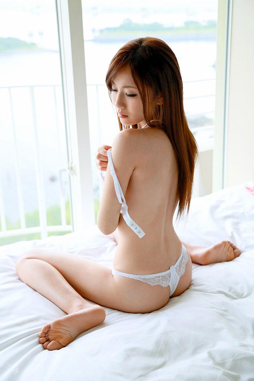 アダルト画像3次元 - 女がブラ外す瞬間をガン見しちゃうぜぇ♪♪♪♪♪第五弾:にゅーえろ 様