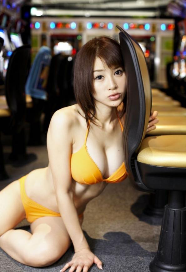 ビキニ娘32759.jpg
