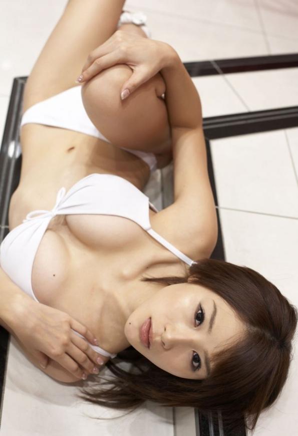 ビキニ娘32812.jpg