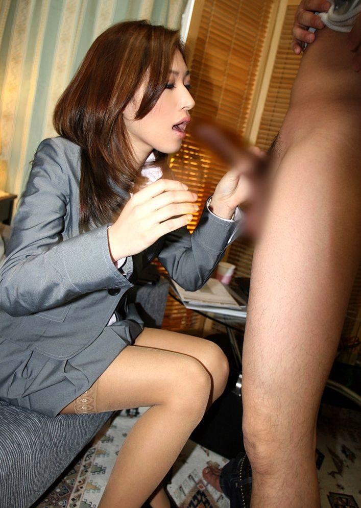 えろい社内レディーのオネエさんが美味しそうにフェラチオしてる写真第十弾:にゅーえろ 様