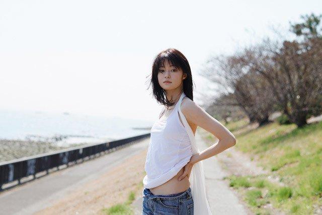 小林涼子 2