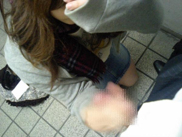 手コキ5612.jpg