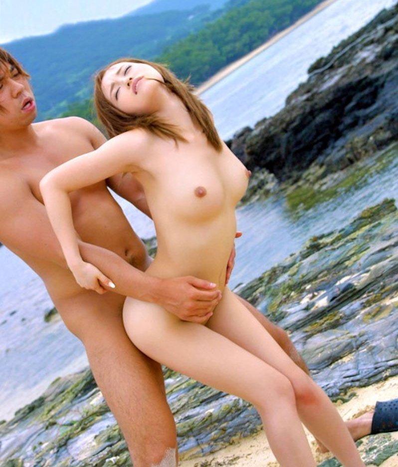 ビーチでセックス 8