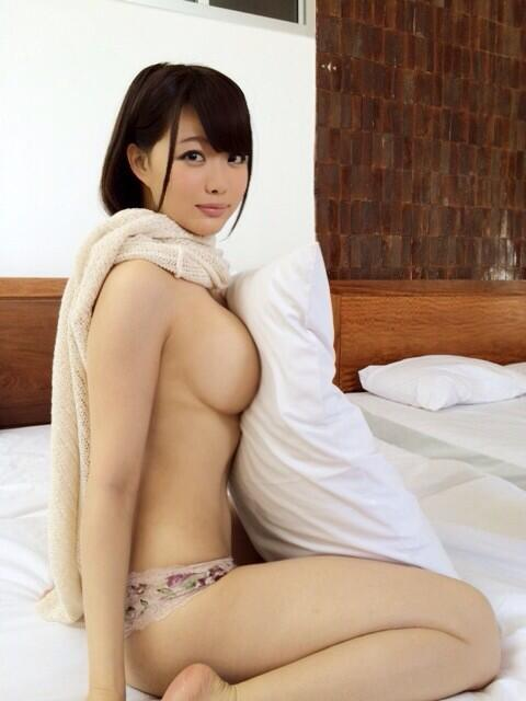 横乳 15