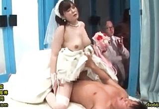 神谷美桜 ウェディングドレス マジックミラー号