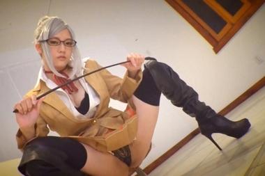 監獄学園の白木芽衣子コスプレをしたみづなれい(みずなれい)