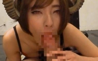 サキュバス女教師コスプレでフェラ責めをする佐久間恵美