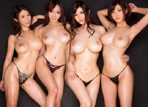 日本有数のスーパー痴女達が大集結!射精不可避の4輪車SPECIAL開演