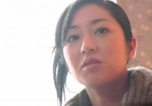 映画「釣りバカ日誌」に出演していた女優が突然AV女優に転身して熟女専門の無修正動画に出演していた