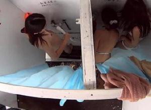 【エロネタ本舗推薦】海の家でカメラがあるとも知らずに着替えをしちゃう女性達wwwww
