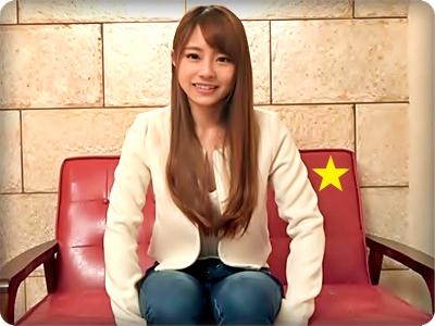 【素人/みのり】ハメ師のチ●ポを締め込み喘ぐ笑顔の可愛い清楚な女子大生||