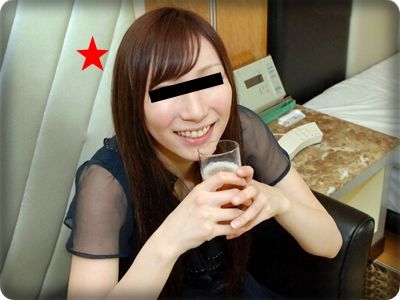 【無修正素人・中出し】酔ってチ●ポに善がりまくる潮吹き敏感お姉さん!