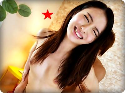 【無修正・咲乃柑菜】【中出し】子宮奥ガン突きにマジイキの敏感助平美少女