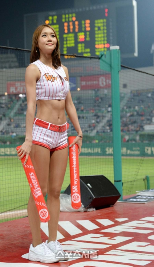 korean-cheerleader-93.jpg