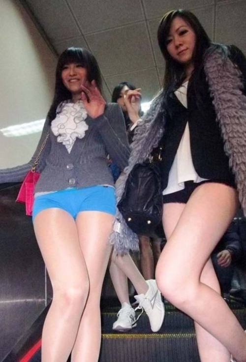 no-pants-day-subway-panty-marudashi-ero-54.jpg
