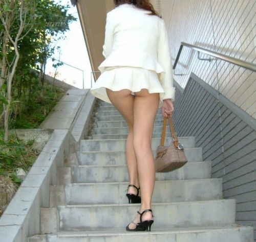 panchira-joutou-mini-skirt-feti-ero-04.jpg