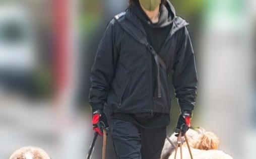 【画像】B'z 稲葉浩志(55)にガチでとんでもないポストセブン砲が炸裂!【NEWSポストセブン】