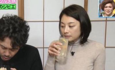 【画像】小池栄子(39)の着衣爆乳でシコり散らしたいヤツはちょっと来い!