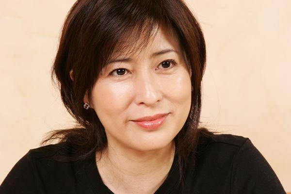 【衝撃】岡江久美子さんの遺骨帰宅を生中継…「恐怖報道」が医療機関を殺す理由