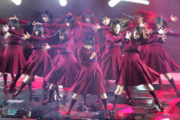 【驚愕】欅坂46の失神ダンス、とんでもない運動量だった!