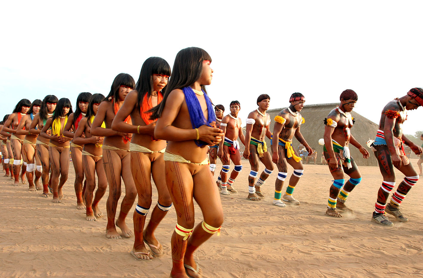 参考4章:裸族成人儀式