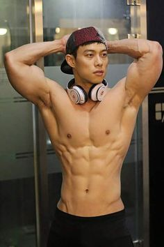 1f1f86ee682edc2e8996b5d1b362fbfd--asian-men-male-body.jpg