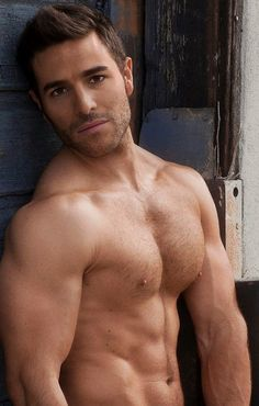 62a8e1417d05de81e3aa21d80e744047--male-chest-hairy-chest.jpg