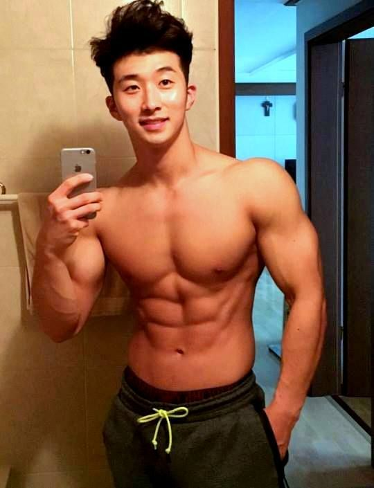 7cbc5dffe890c0cf5dbbe80c9cbae568--hot-korean-guys-hot-guys.jpg