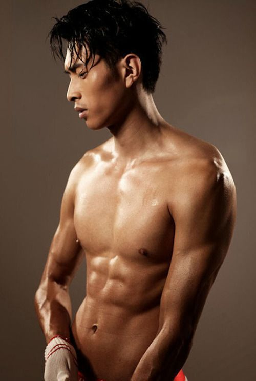 9a06dd27513ed2fd919b714ea0c922fb--shadow-photos-shirtless-men.jpg