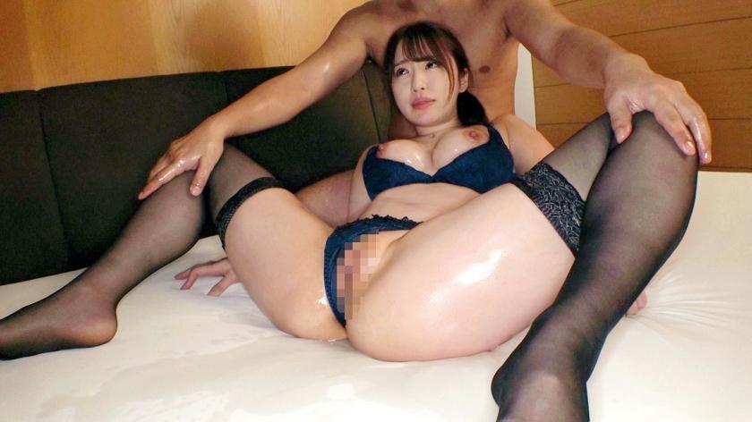 ピンク乳首の24歳ムチエロBODY娘が男優二人に好き放題され女の潤いを取り戻す!