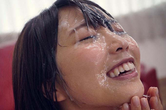 戸田真琴 AVデビュー時は処女…最新作ではぶっかけ解禁