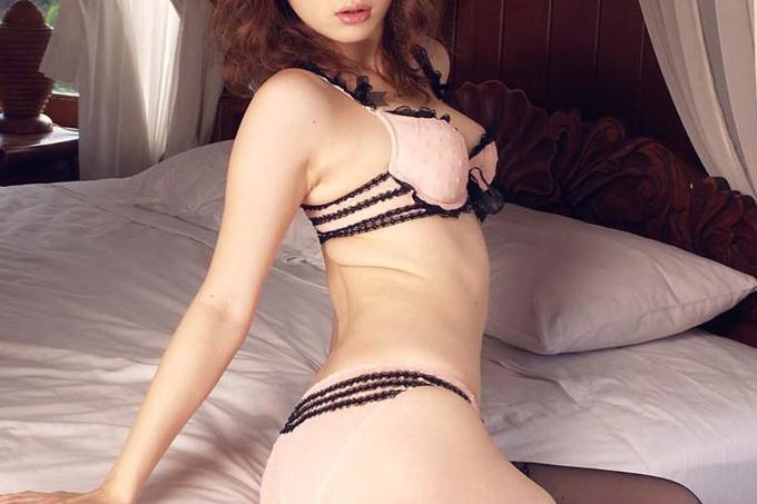 裸より断然コーフンする…セクシーランジェリーエロ画像