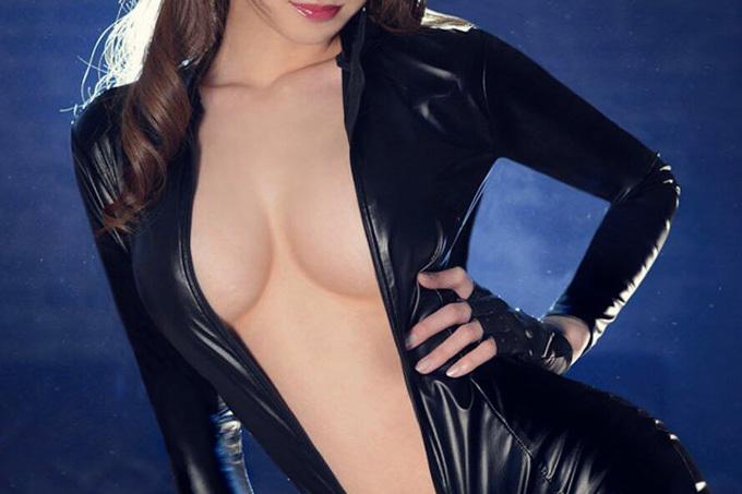 リアル峰不二子…ラバースーツ着たお姉さんのエロ画像