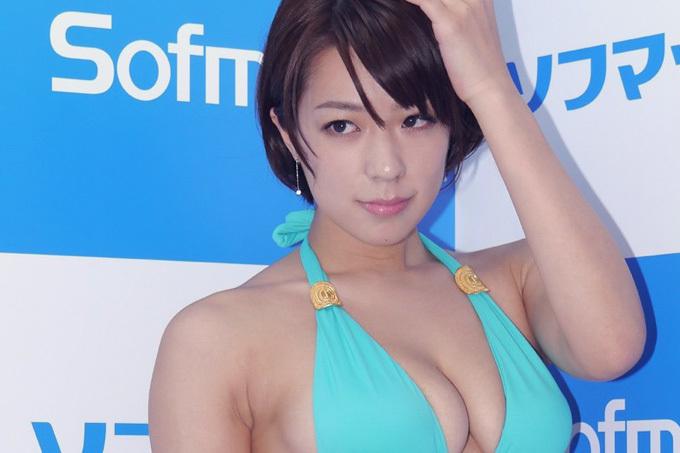小瀬田麻由 髪を切ってさらにエロくイイ女に!