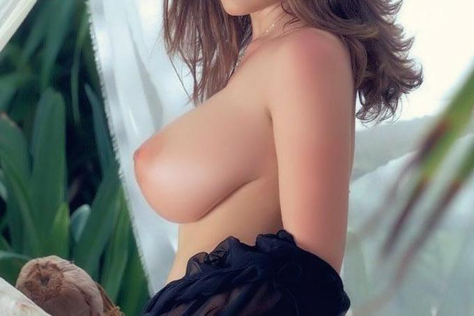 ワールドクラスの横乳エロ画像