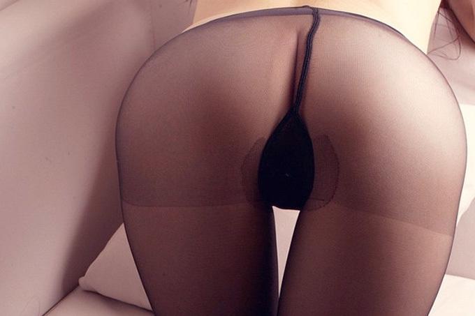 透け感の妖艶さ…パンスト尻エロ画像