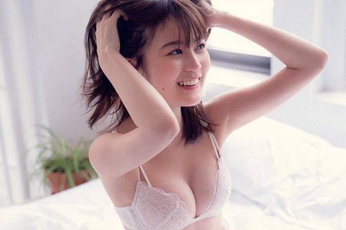 生田絵梨花 写真集がバカ売れも納得する最高の恵体。