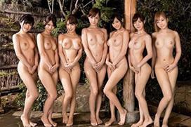 【性奴隷カタログ】一糸まとわぬ全裸ヌードで直立の女性たち…おっぱいもマンコも品定め…